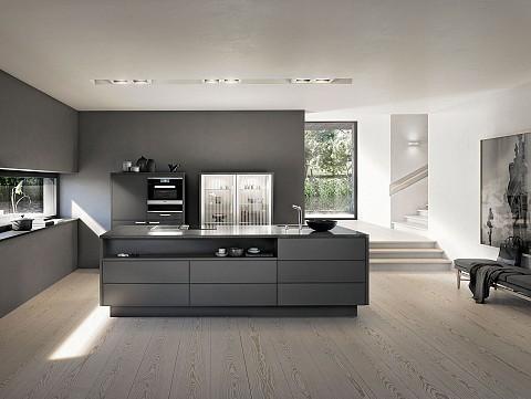SieMatic Pure donker keukeneiland met halfhoge kasten, ASWA Keukens