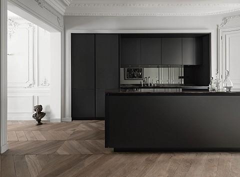 SieMatic Classic donkere greeploze keuken met natuurstenen blad, ASWA Keukens