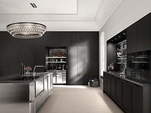 SieMatic Classic Keuken zwart met RVS kookeiland en hoge kastenwand, ASWA Keukens