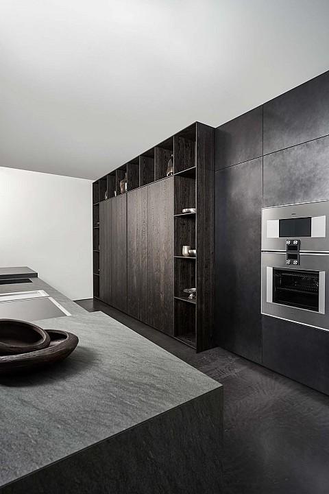Eggersmann zwarte design keuken met Gaggenau apparatuur, ASWA Keukens