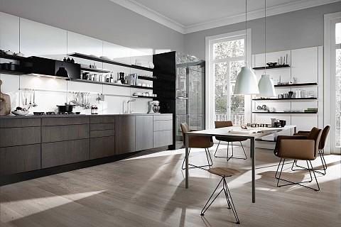 SieMatic Pure houten keuken met hoogglans hoge kasten, ASWA Keukens