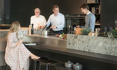 Familiebedrijf - Over Ons - ASWA Keukens