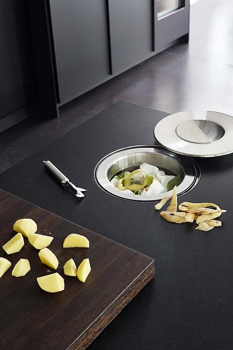 Eggersmann WORKS afvalbakje in werkblad verwerkt, Keuken accessoires ASWA Keukens