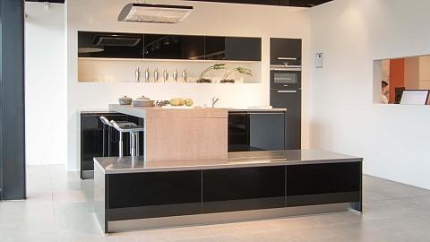 Showroomkeuken SilverLine YLK, Tz 13 ASWA Keukens Dordrecht