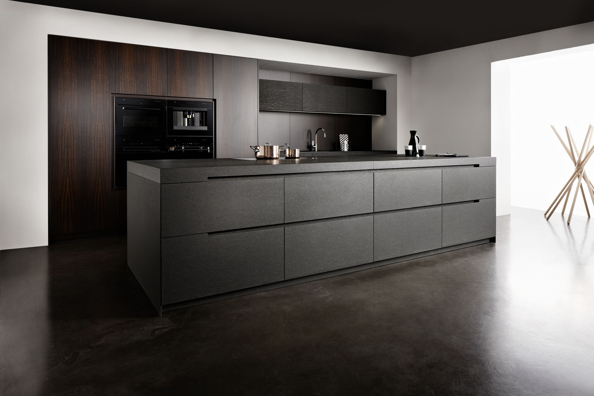 Zwarte keuken kit u informatie over de keuken