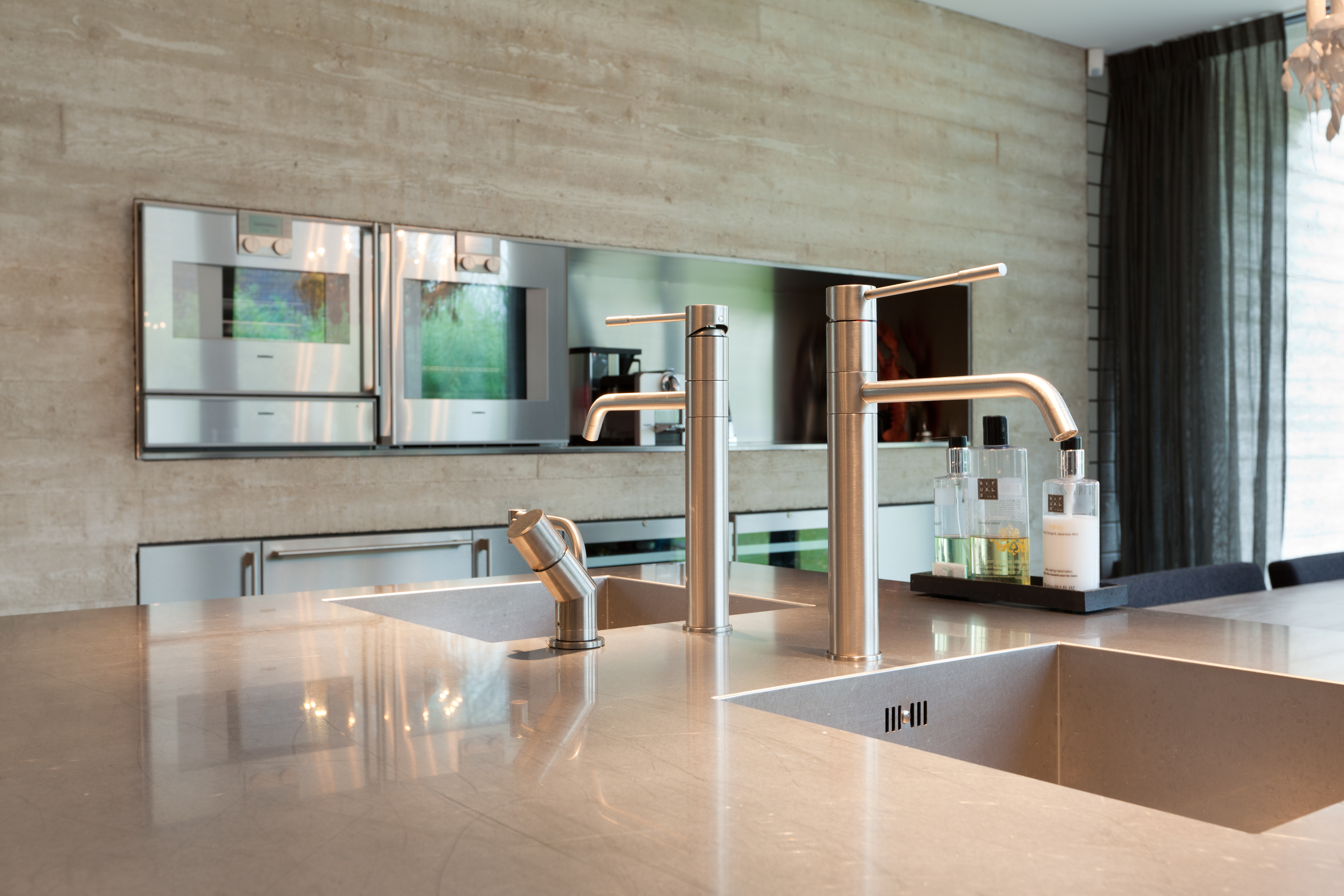 Rvs Design Keuken : Design keukens aswa keukens