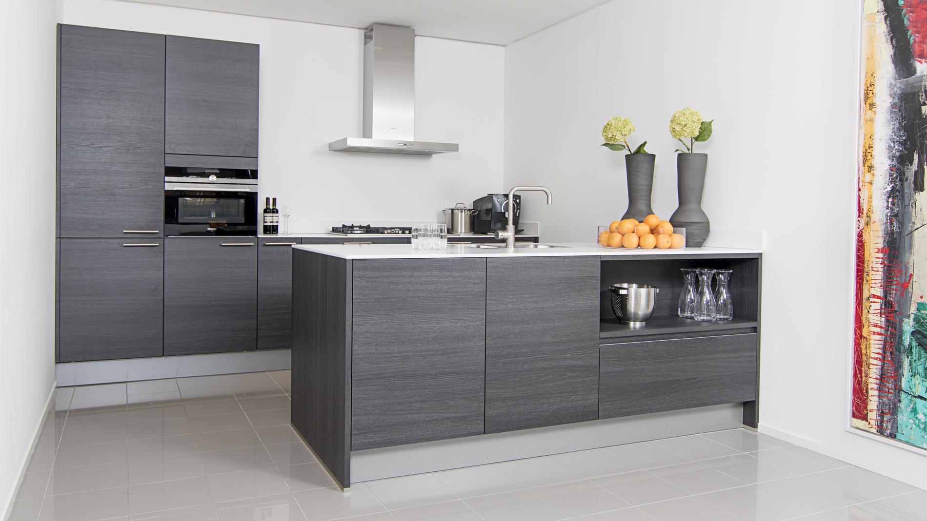 Design Keukens Showroommodellen : Design keukens aswa keukens