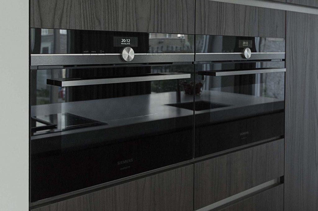 Klantervaring Siemens ovens naast elkaar, Keukenapparatuur ASWA Keukens