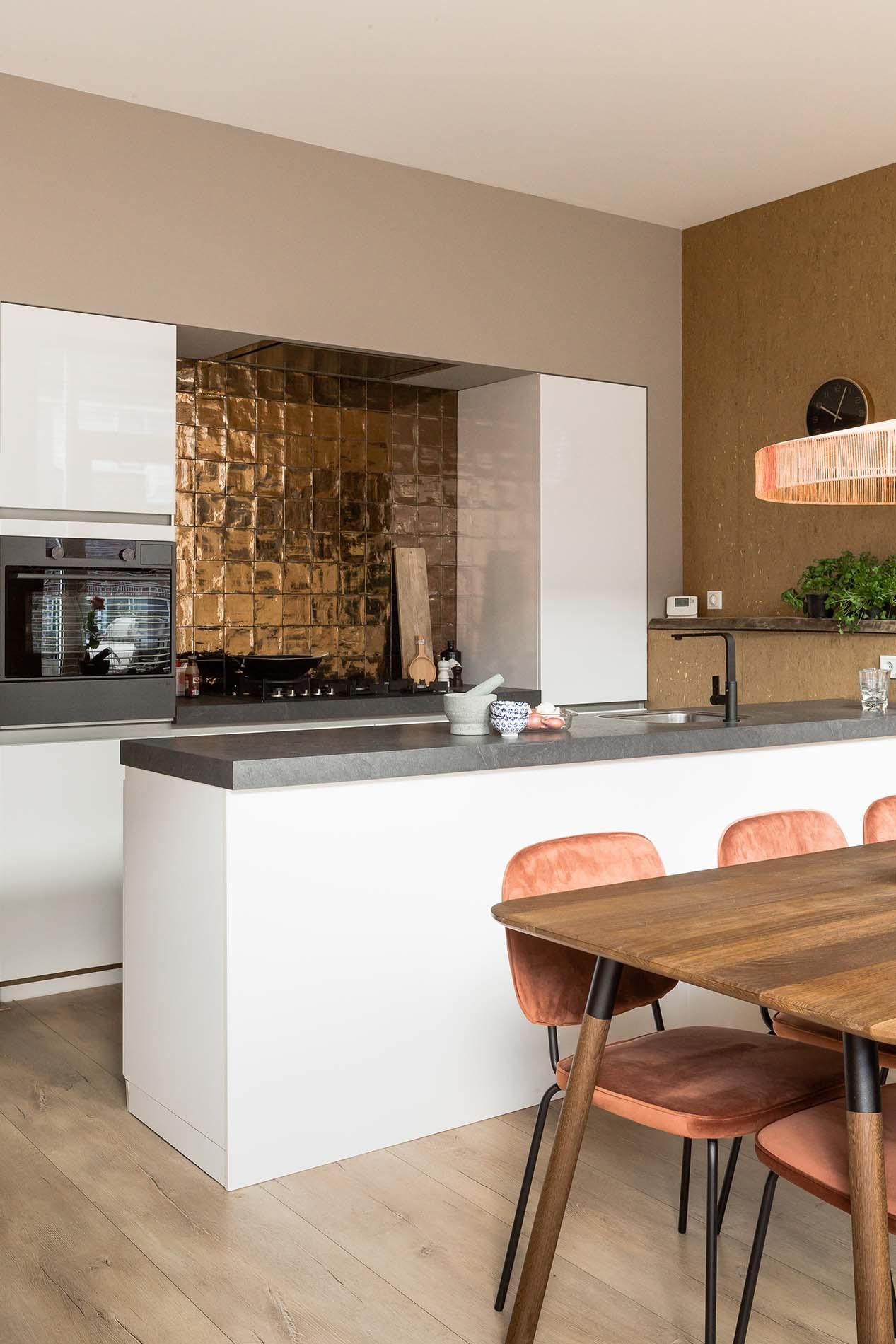 vtwonen keuken met ATAG apparatuur, keukeninspiratie ASWA Keukens