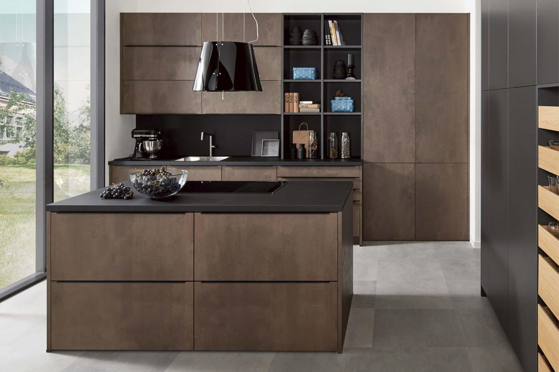 Vierkant keukeneiland in bruine beton look, ASWA Keukens