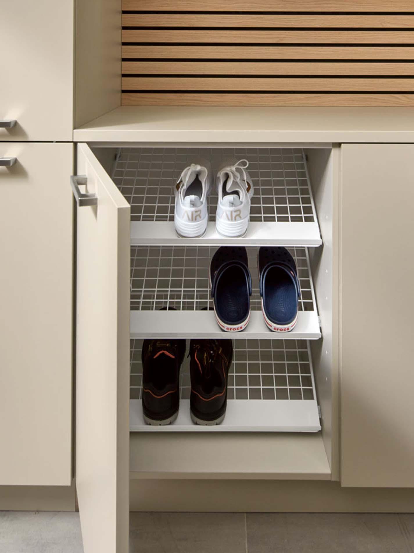 Bijkeuken rek voor schoenen in schoenenkast, ASWA Keukens