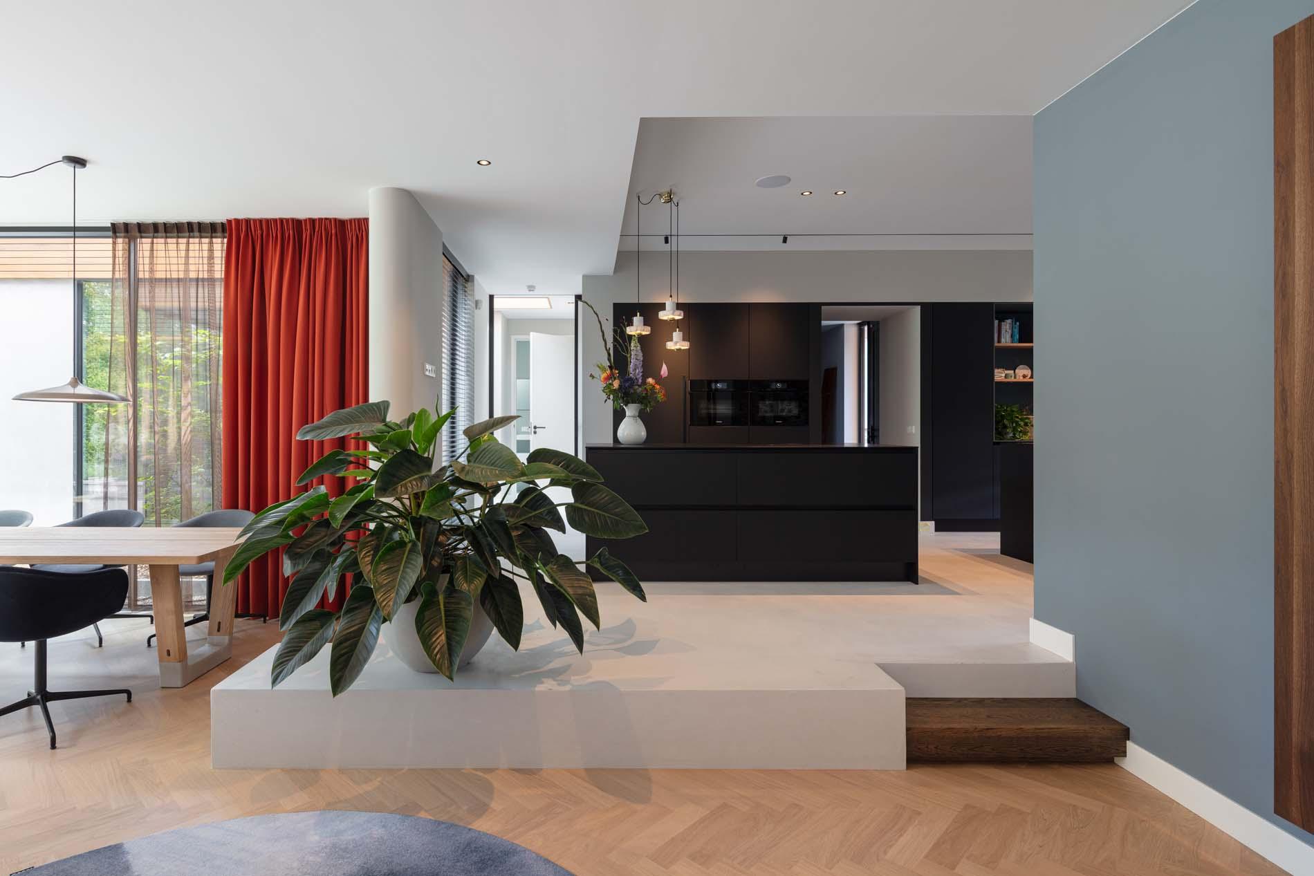 Luxe zwarte greeploze keuken Hal2, Klantervaring ASWA Keukens